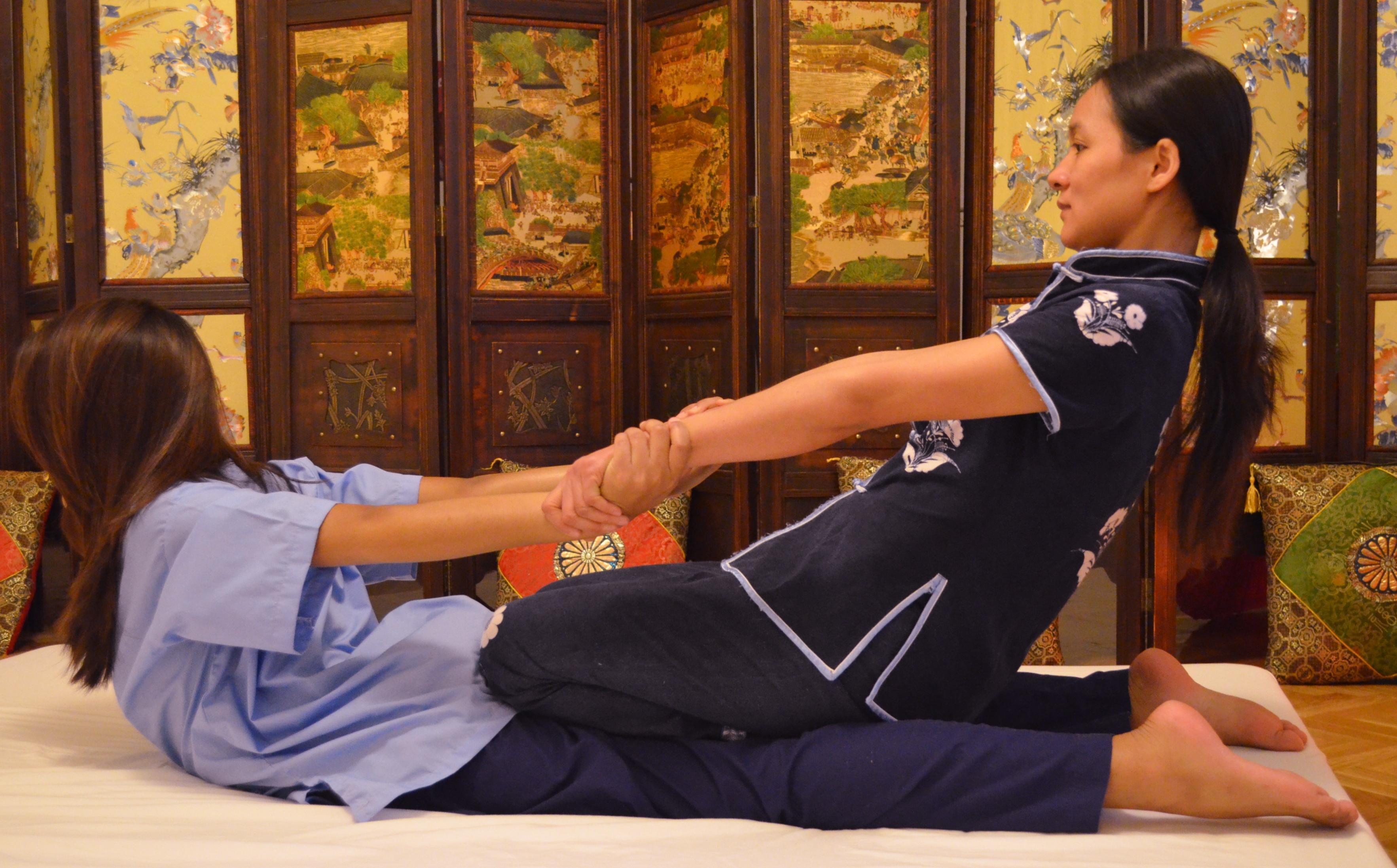 Conocemos técnicas de masaje chino tailandés y japonés-4029