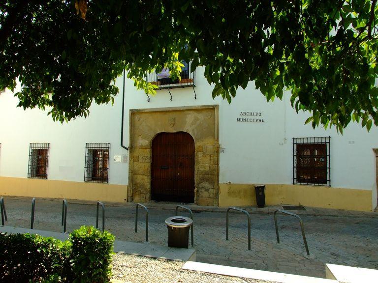 Movil en comunidad Córdoba na-6301