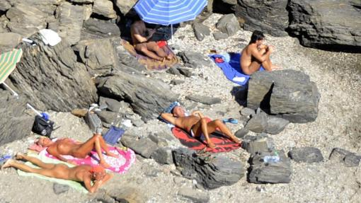 Contactos chica vera playa en Córdoba-2599
