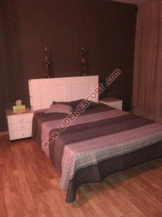 Habitaciones por horas chica-3027