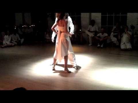 Sexo bailo en Los Polvorines-4302