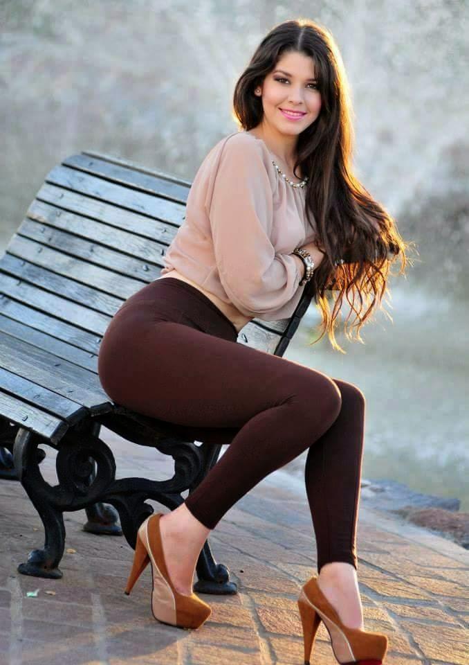 La chica de las fotos 100 x 100 reales y actuales guapa-7325