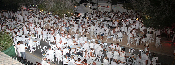 Fiesta blanca brasileña en Rawson-4036