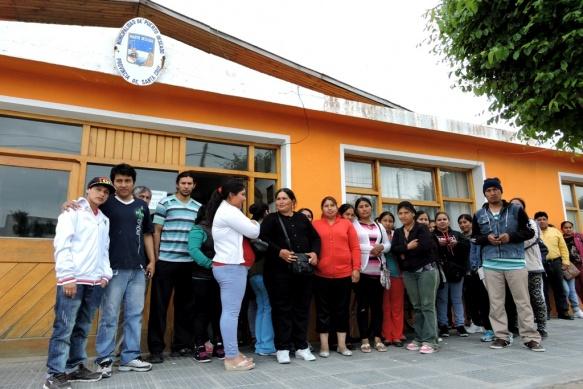 Desplazamientos ayuda economica en Moreno-5192