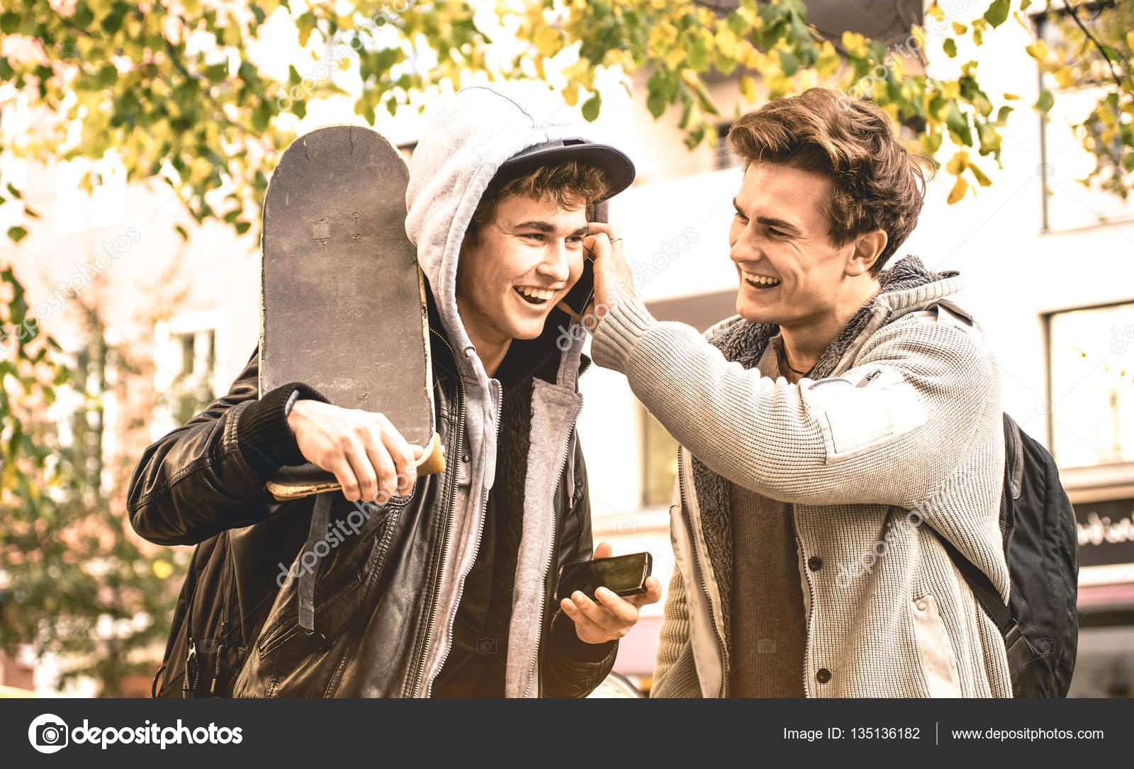 Contactos de amistad chicos en La Plata-8230