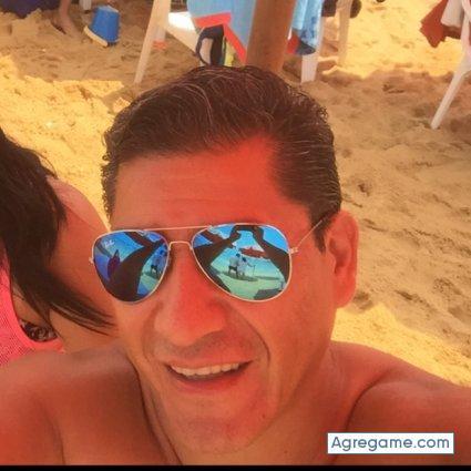 Conocer gente ayuda en Mariano Acosta-6548