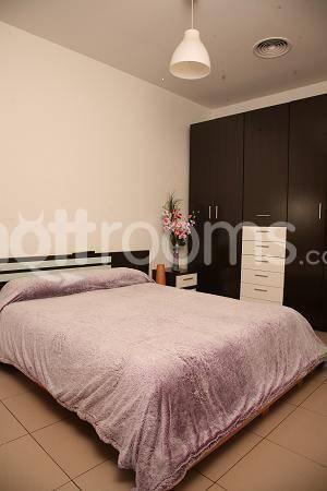Contactos alquilo habitacion por horas en Lanús-2349