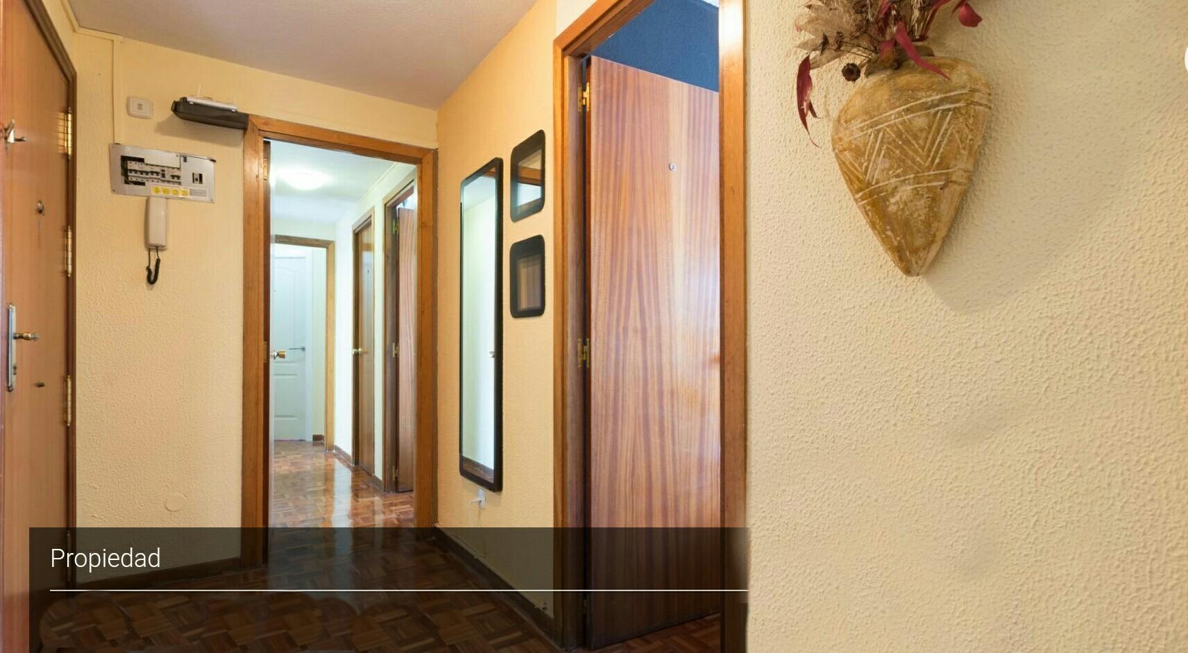 Habitaciónes disponible en La Plata centro-359