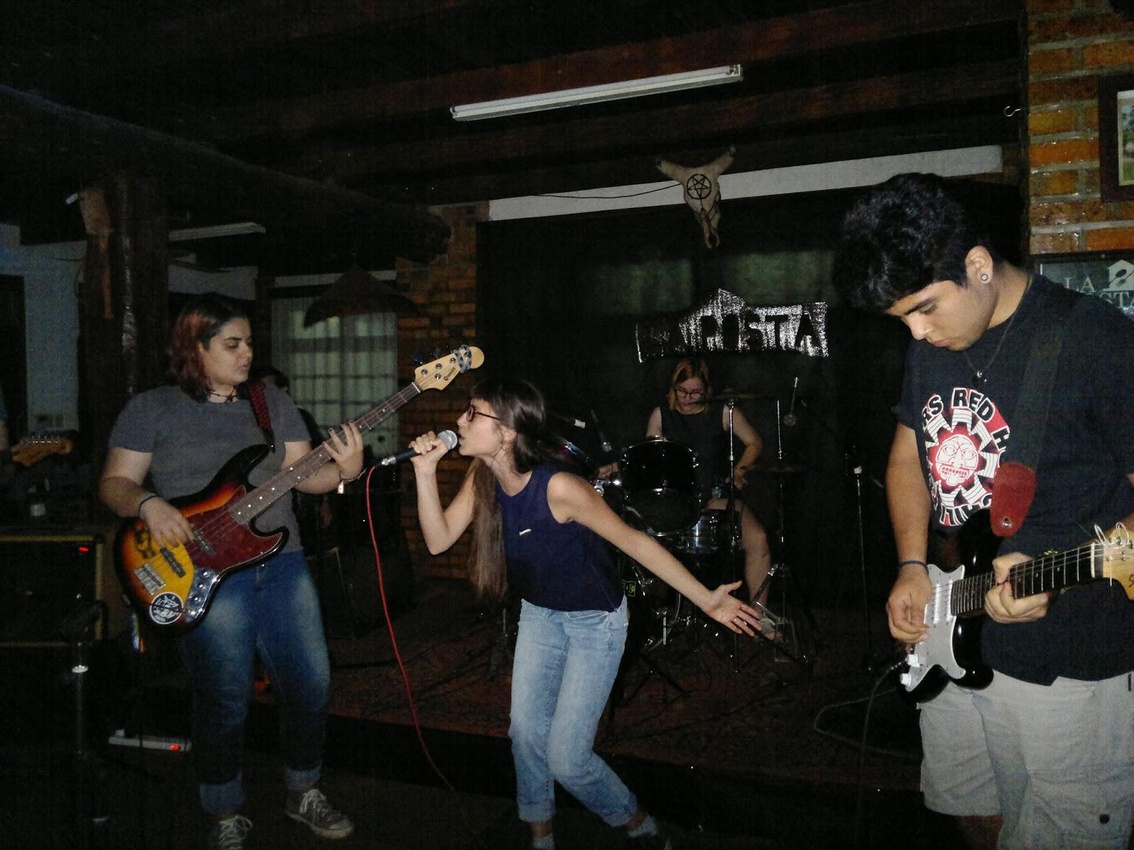 Puta luna brasileña en La Plata-5074