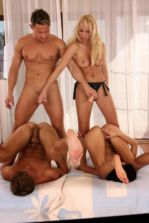 Trans dominatrix ama experiente muy femenina xxl-5008
